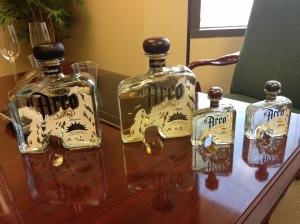 El Arco bottles